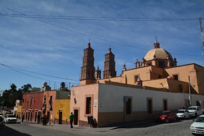ビバ メヒコ グアナファトからドローレス・イタルゴへ訪れました。