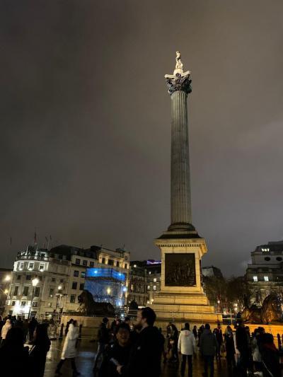ロンドンの魅力満喫一人旅 その1 フライト~ホテル~年越し花火