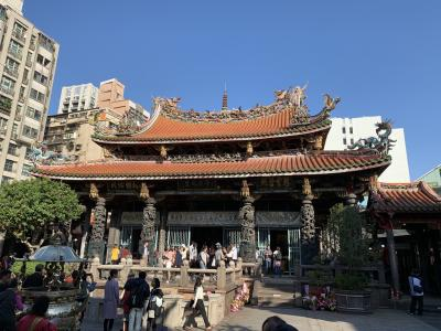 お正月、初台湾(3日目、龍谷寺、華山1914、赤峰街)