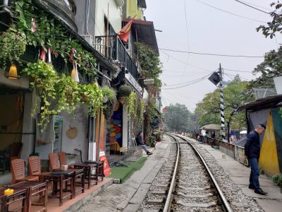 ベトナム ハノイ年末年始旅行その3 フォトジェニックな路線カフェは撮影禁止?