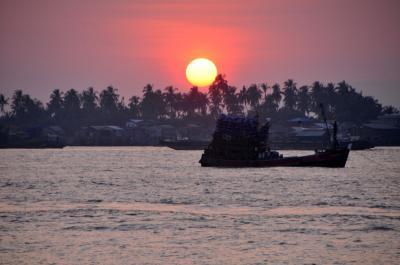 2019年冬 タイ・ミャンマー旅(2) ミャンマーからタイへ再入国 ベイ・コータウン・ラノーン編