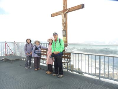 スイスアルプスクラインマッターホルントレッキング
