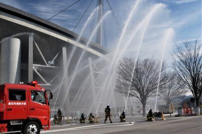 ラクビーワールドカップで熱く燃えた豊田スタジアムで消防出初式♪