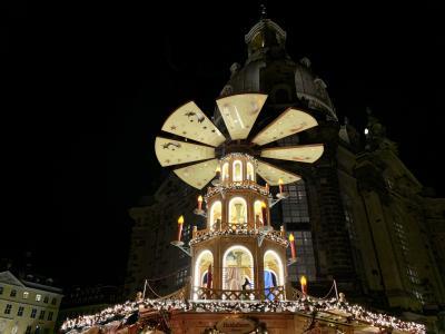 きらめくクリスマスマーケット三昧の旅(ドレスデンにて)