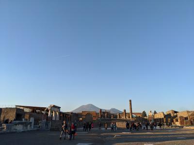 優雅な南イタリア8日間④(アルベロベッロ~ポンペイ~ナポリ)