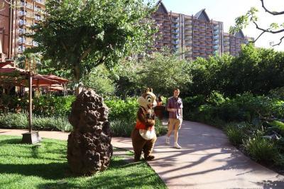 はじめての、年末年始のハワイ(1) ディズニーキャラクターと過ごすアウラニリゾート