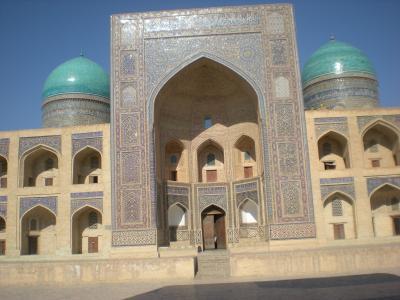 スマホ無しの冒険 シルクロード行き当たりばったり旅⑱ ウズベキスタン入国❕ ガラッと変わる世界観