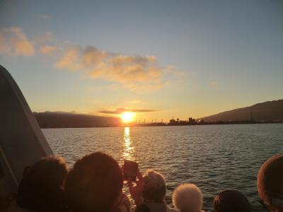 諏訪湖遊覧船からの初日の出と白川郷