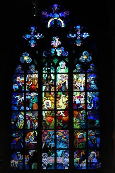 ☆☆ X'masの煌めきを求めて☆☆ ~  スタートはプラハから♪  プラハ城(聖ヴィート大聖堂&ロブコヴィツ宮殿) ② ~