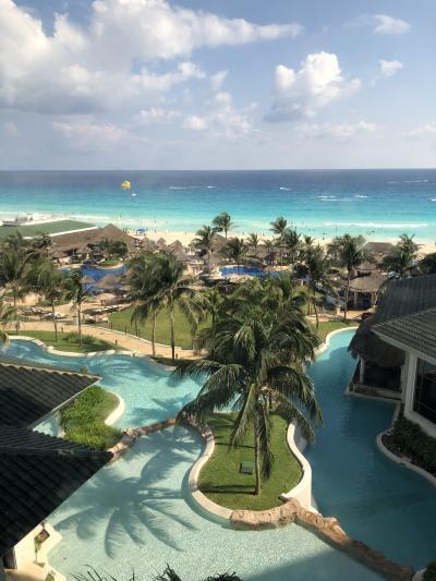 カリビアンブルーの海が見たくて メキシコ カンクン 8日間☆5日目 ホテルのスパとプール