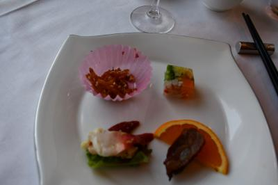 帝国ホテルで中華の昼御膳と天満天神繁昌亭