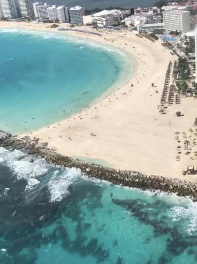 カリビアンブルーの海が見たくて メキシコ カンクン 8日間☆ヘリコプターから見たサファイアブルー帰国編