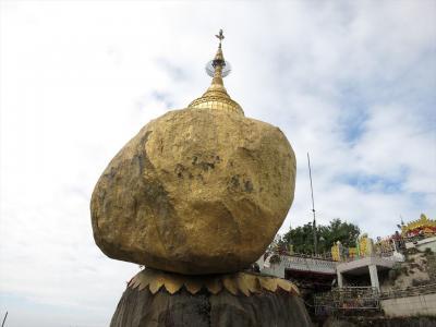 ミャンマー8日間の旅(2)ゴールデンロック観光