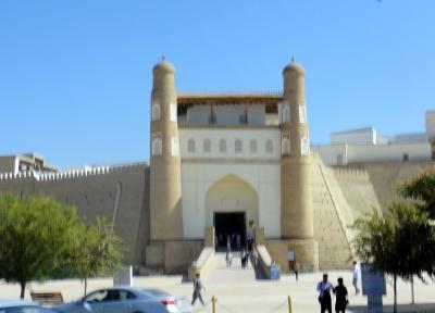 中央アジアの旅 第14日目 ウズベキスタン ブハラ観光① (シトライ・モヒ・ホサ宮殿~タキの見学)