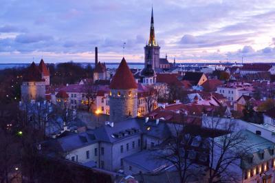 バルト3国とちょっとだけヘルシンキ8日間の旅 2.早朝のタリン旧市街を一人歩き