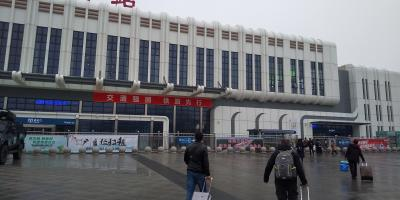 ⑦成都(三国志とパンダ)、バスの降車駅が違う?成都行き新幹線に乗り遅れそうだ!(2020年1月4日)
