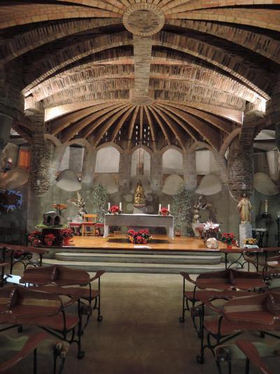 2019-2020スペイン・バルセロナ⑤コロニア・グエル教会