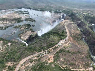 南部アフリカの旅③_ヴィクトリアフォールズで雄大な自然を体感!