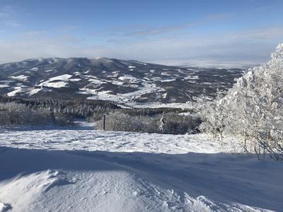 雪不足もここは大丈夫、富良野・カムイで2020年の初スノーボード