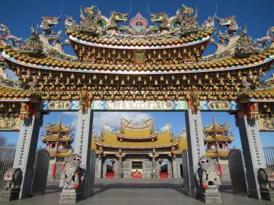 埼玉の田舎に忽然と現れる小さな台湾「聖天宮」