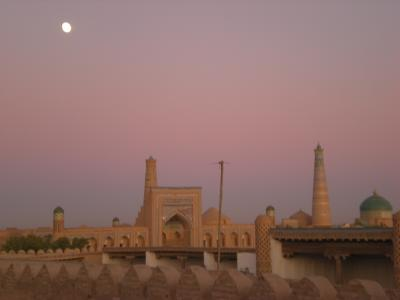 スマホ無しの冒険 シルクロード行き当たりばったり旅23・ウズベキスタン~城壁で囲まれた城塞都市ヒバへ