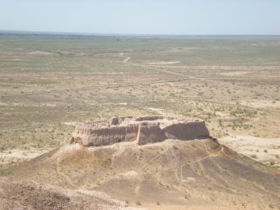スマホ無しの冒険 シルクロード行き当たりばったり旅㉔ウズベキスタン~荒野にそびえる砂漠の要塞を探検