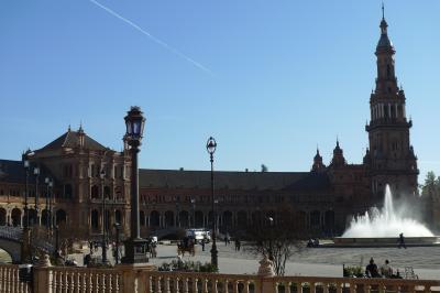 グラナダのスペイン広場に圧巻