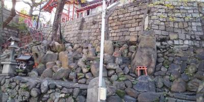高津神社の陰陽石