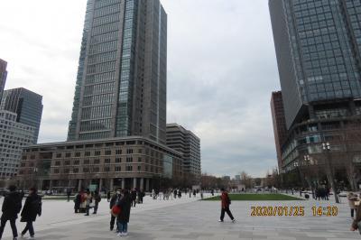 東京駅丸の内広場から見られる風景