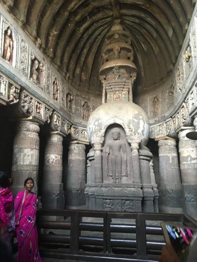 インド 3-アジャンタ石窟寺院群