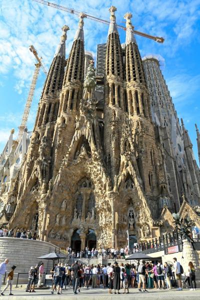 【5歳&7歳】子連れスペイン旅行⑤ -バルセロナを街歩き!念願のサグラダ・ファミリア-