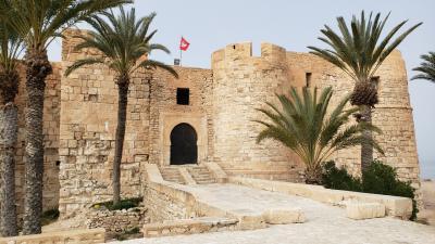 スターウォーズ…、知らん。チュニジア