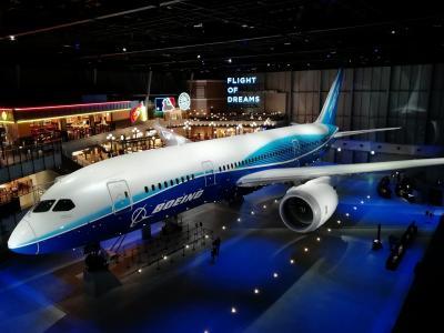 787の1号機に乗ってきました。