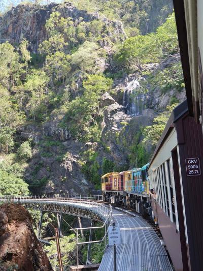 オーストラリアでお正月=(3)ケアンズ、キュランダ村、キュランダ鉄道