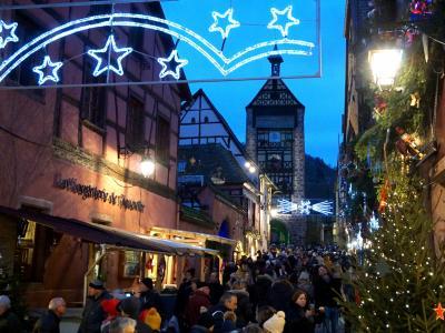 木組みの家並みがノエル・デコレーション♪ナヴェットでリクヴィルへ クリスマス市巡りの旅5-2