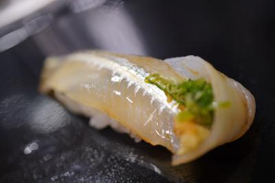 20200204-1 豊洲 寿司大さん、あん肝とか生カキとかつまんで、サヨリやら春子鯛やら握ってもらって