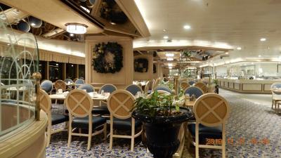 クィーンビクトリア号・レストラン・カナリア諸島クルーズ マデイラ島1 12月31日(十日目)