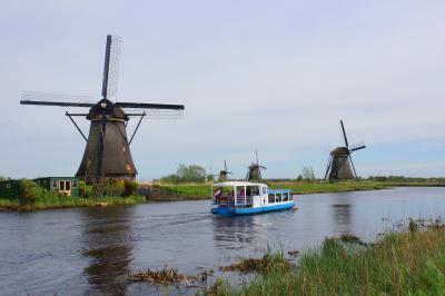 2018GWオランダ・ベルギー美術ざんまいの旅(12)船で行くキンデルダイクの風車群