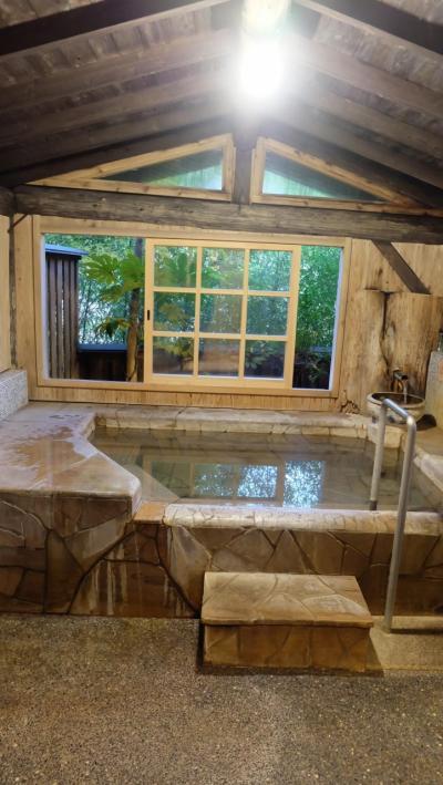 福岡から熊本、阿蘇にある小田温泉、まさに静寂な森の宿へ