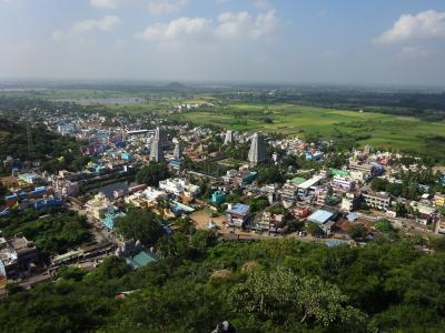 タミルナードゥ州とケーララ州②~Thirukalukundram~