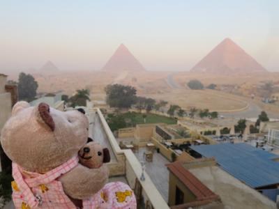 8年ぶり8度目のエジプト8日間(7)ピラミッドを見ながら朝食を & クマクマウー危機一髪