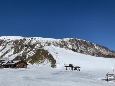草津温泉スキー場と湯畑の旅 バーンホーフ~青葉山ゲレンデ~頼朝~ぐーてらいぜ~わへい~こごみパン~寄居PA