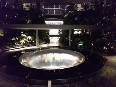 真夜中のシンガポール経由でシェムリアップへ