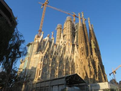 スペイン 「行った所・見た所」 バルセロナのサクラダファミリア(聖家族教会)を見物