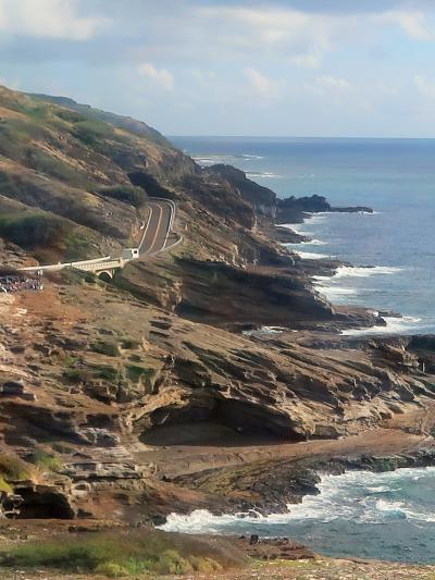 Oahu-26 シーライフパークへの道 送迎車-車窓風景 ☆ハナウマ湾・マカプウ岬を経て