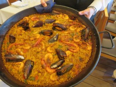 スペイン 「行った所・見た所」 バルセロナのモンジュイックの丘を見てラバルカデルサラヌンカで海鮮料理の食事をしました