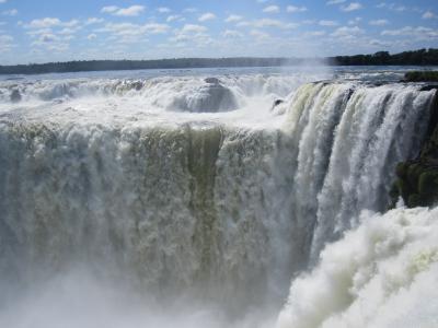 アルゼンチン、イグアスの滝。