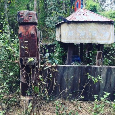 リピーターの日本の皆さまにカンボジアのラタナキリのおすすめ「コーピク(kaoh piek)墓地」に観光ツアー