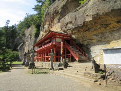 達谷窟毘沙門堂と毛越寺