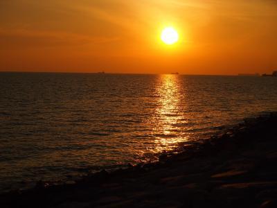 新型コロナウィルス? それがどうした(`ロ´;)マラッカ&福岡紀行  1日目 マラッカ海峡の夕日が見たくって
